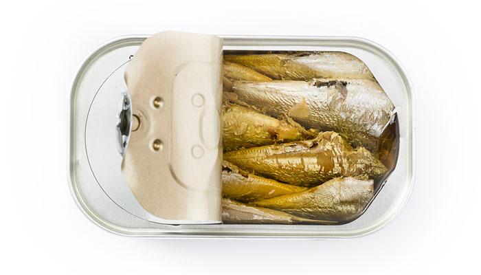 Lata de sardinas Albo