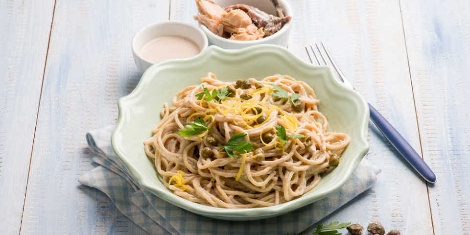 Pasta con atún y salsa express
